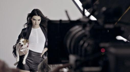 Kendall Jenner Tiendas Paris 2